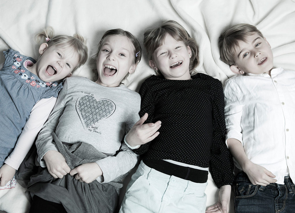 Foto Sens, Portrait, Fotostudio, Bewerbungsfoto, Fotograf Wanzleben, Foto, Fotoatelier, Fotobox, Baby shooting, Portrait, Familien shooting